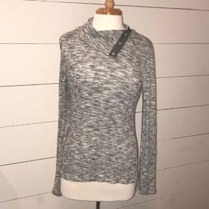 NWT! Anthropologie grey long sleeve button neck LP